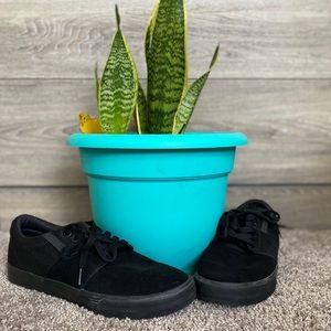 Black suede Supra size 9 canvas style shoe